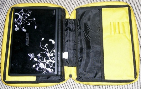 Nylon case with Asus Eee